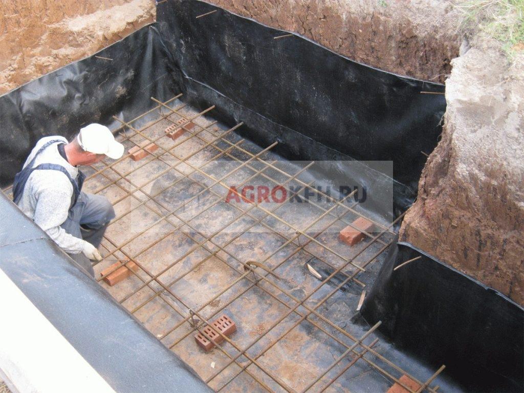 Заливка дна картофелехранилища бетоном